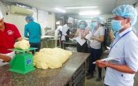 Học viên UCI hào hứng với trải nghiệm thực tế doanh nghiệp - Công ty bánh ngọt Lovebread